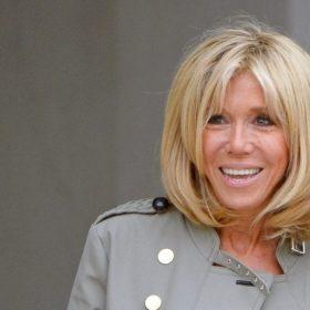 Мнение экспертов: как остается красивой жена президента Франции в 64?